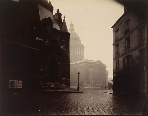 The Panthéon, 1924,Eugène Atget, Geltain silver chloride print. J. Paul Getty Museum.