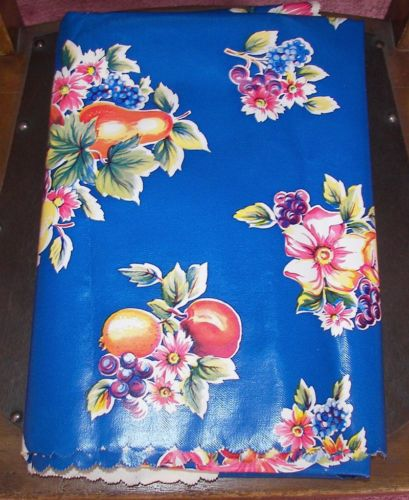 Marvelous VINTAGE FLORAL FRUIT FRENCH COUNTRY COTTAGE OILCLOTH VINYL