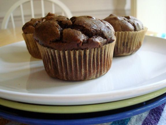 Sneaky Chocolate Peanut Butter Muffins via @shirleygfe