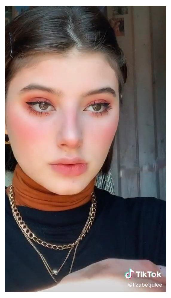 Red Underwhe Makeup Look From Tiktok Sourpatchdaddy Cheekbones Makeup Makeup Looks Blush Makeup
