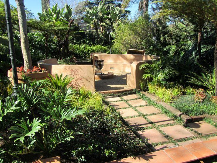 Tropical Fire Pit Garden