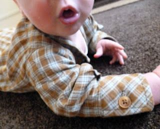 Vuelos de plumas {un creativo, el blog de coser}: mis seis elementos esenciales para coser la ropa del bebé