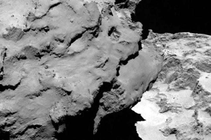Csurjumov-Geraszimenko A legősibb anyag / The most ancient subtance Forrás/source: ESA