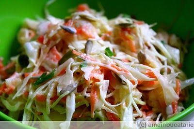 Salata de varza, morcovi si mere ~ Ama in bucatarie