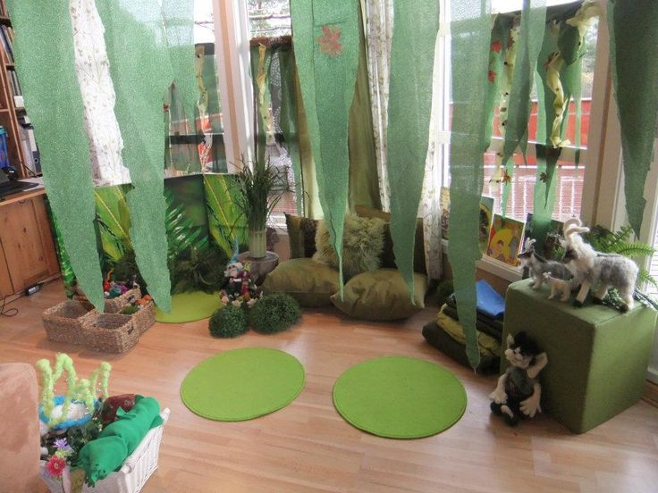 Enchanted Forest Playscape (from Fantasifantasten via FB: https://www.facebook.com/194538517252132/photos/pb.194538517252132.-2207520000.1437143810./265431446829505/?type=3&theater)