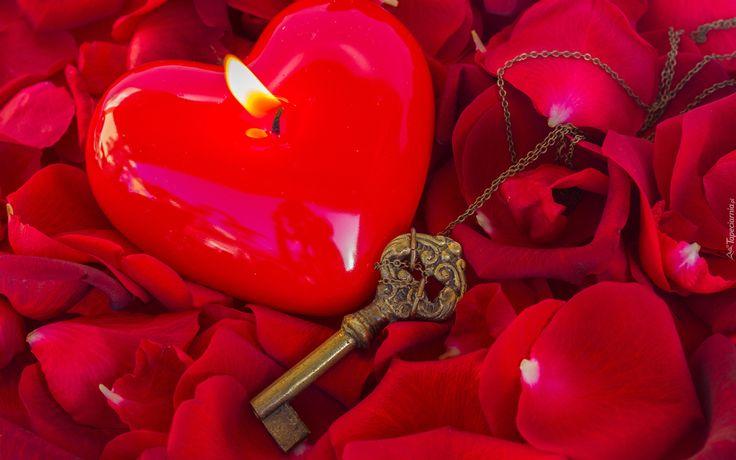 Walentynki, Kwiaty, Płatki, Róż, Świeczka, Serduszko, Klucz