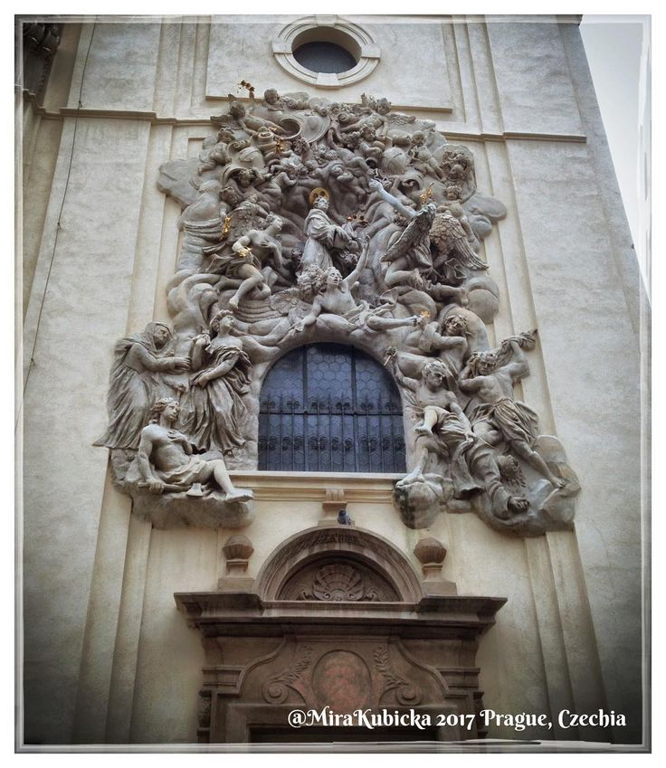 #church #saint #santa #window #sculpture #statue #art #architecture #history #heritage #prague #praha #prag #praga #czech #czechia #czechrepublic #cesko #česko #ceskarepublika #myphoto #photography #photo #photoofday #2017 #travel
