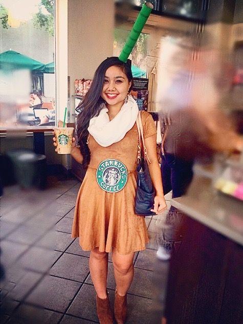 Starbucks Costume #starbucks #coffee #costume #halloween #handmade #handdrawnlogo #diy