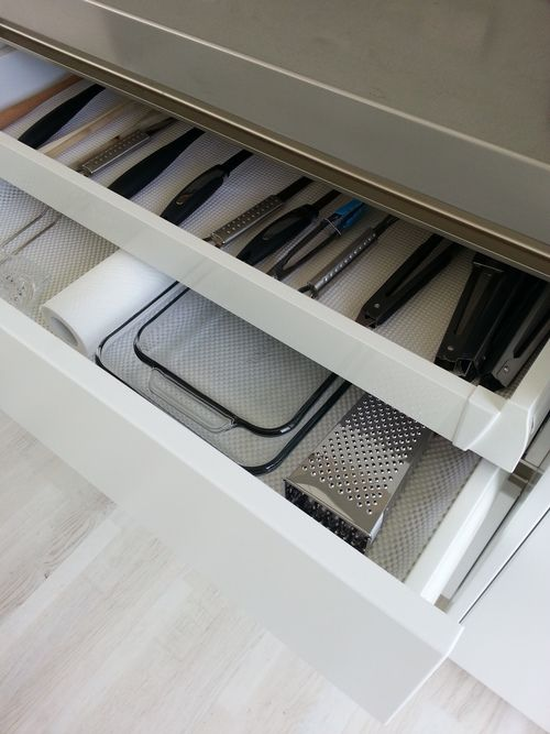 Hidden roll out drawer within bigger drawer #kitchen