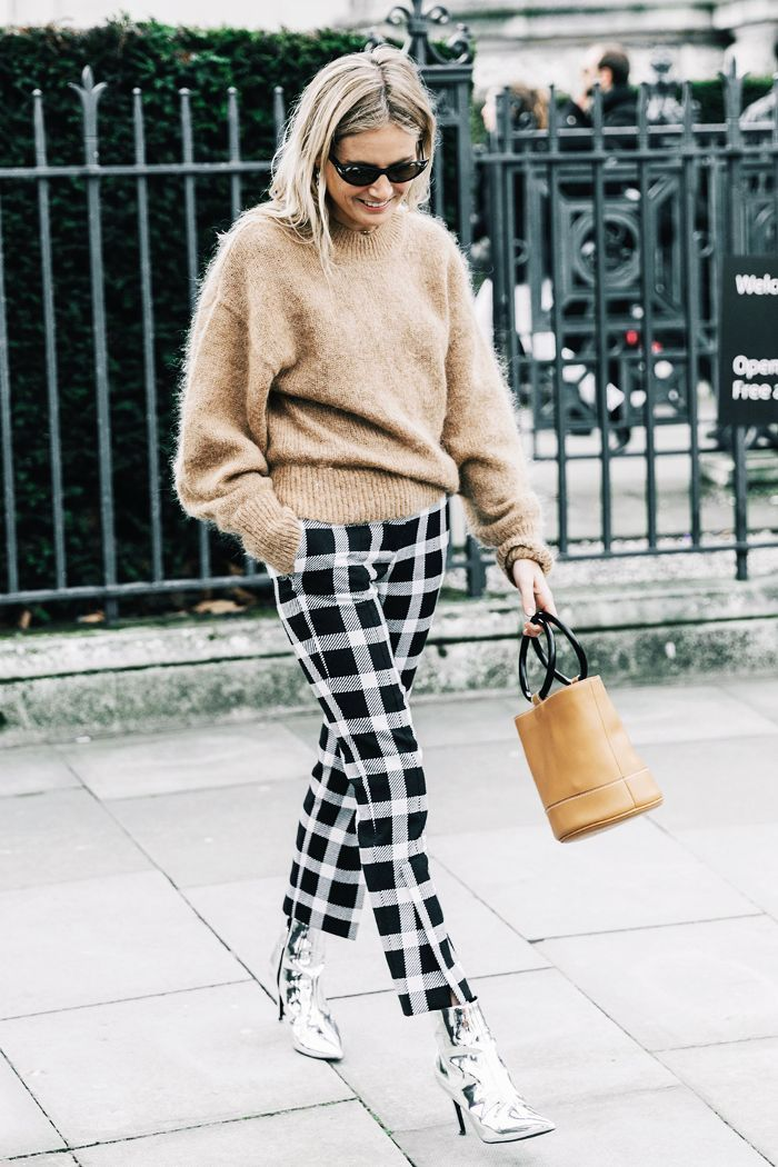 Ankle boots are a winter staple but there are more ways to wear them than with just skinny jeans. Here are cool ways to wear cropped pants with booties.