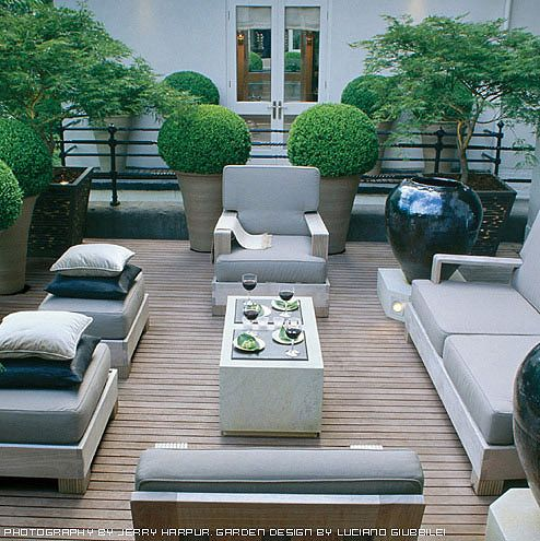 Beautiful deck, outdoor furniture and planters - http://pinhome.net/deck-patio-outdoor/beautiful-deck-outdoor-furniture-and-planters/