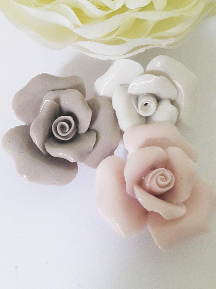 17 migliori idee su scatoline per bomboniere su pinterest for Colorare le rose