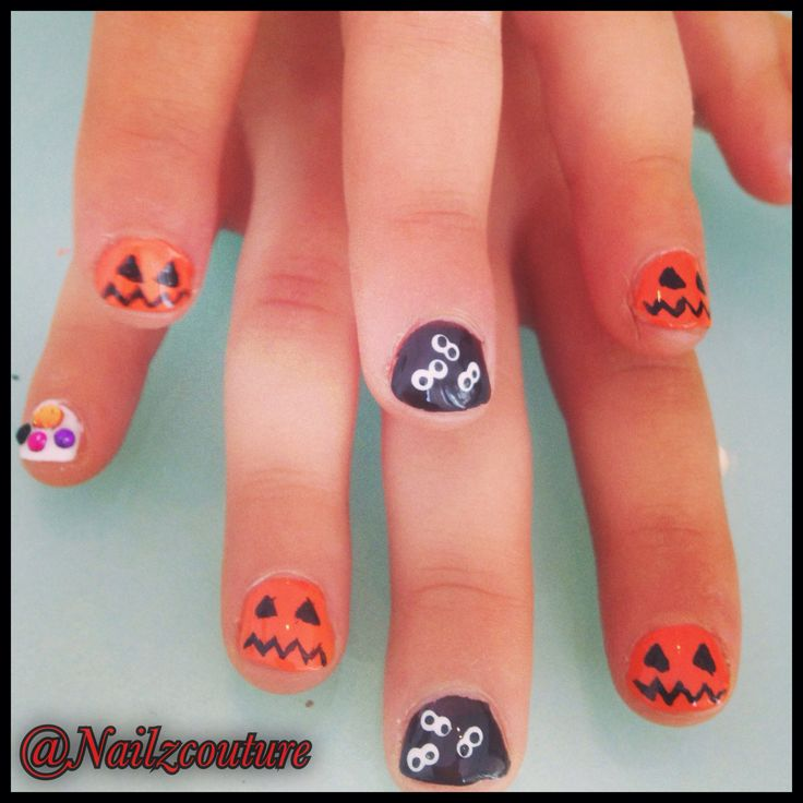 Kids halloween nails | My nail art all hand painted ...