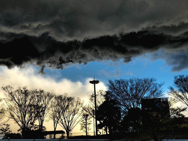 白い雲、黒い雲(White clouds,black clouds)