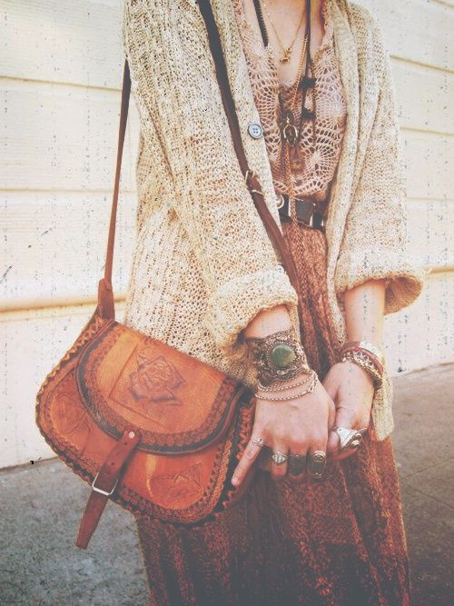 hippie/gypsy/boho fashion   boho, gypsy, hippie style / boho love the bag! So me!!