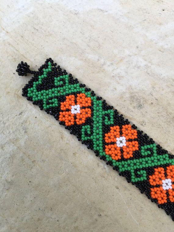 Huichol beaded bracelet 5.5 long