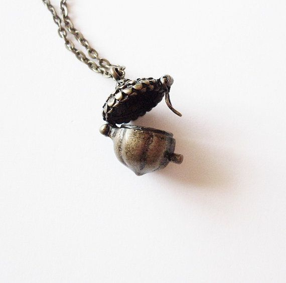 Silver Acorn Locket Necklace Peter Pan Charm Jewelry Kiss Pendant Wendy Darling Book Lover Nature Woodland Girlfriend Womens Gift For Her