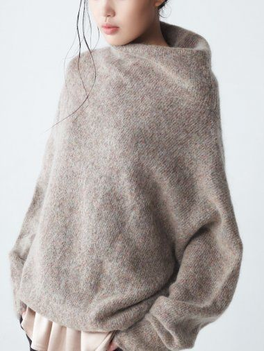 Mohair Sweater - chic minimal knitwear details // Neemic