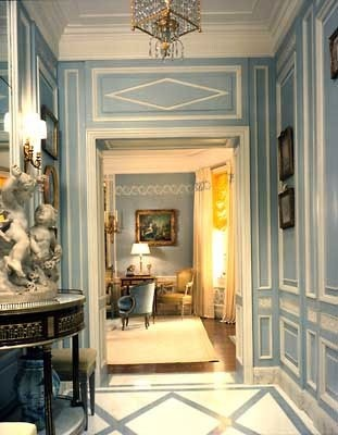 Beautiful entryway -- so welcoming!Lights Fixtures, French Interiors, Blue Wall, Interiors Design Style, Home Decor, Painting Colors, French Home, Blue And White, French Style
