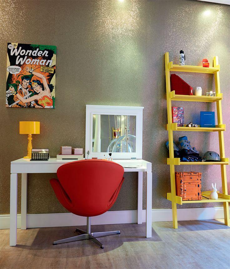 Escada-prateleira 5 projetos da Casa Cor para montar o home office em casa - Casa