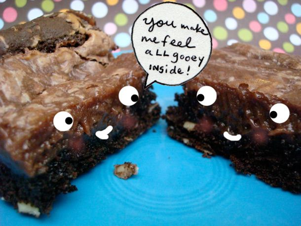 yum, i sort of wish i had made this for tomorrow's potluck instead! chocolate gooey butter cake!
