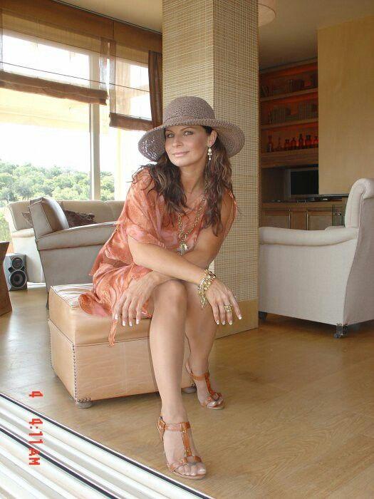 Carola häggkvist feet