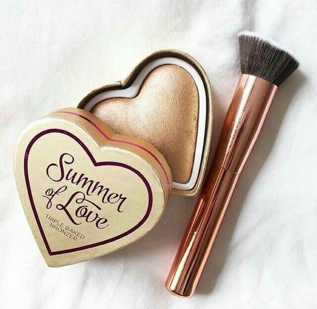 N.I.C.O.L.E   N.I.C.O.L.E. best makeup products - http://amzn.to/2jpvOwg