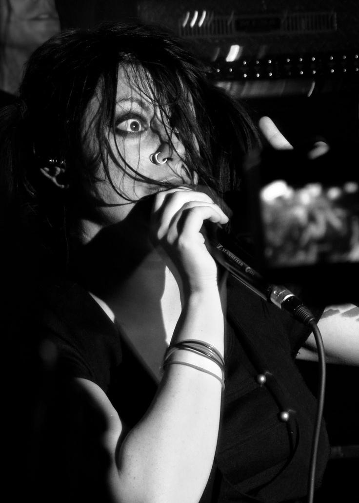 El sombrerero del cielo: The Birthday Massacre (MOHO Live, 11-10-2010)