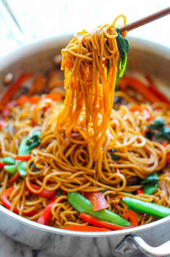 15-Minute Lo Mein | Here Are 15 Meals You Can Make In 15 Minutes