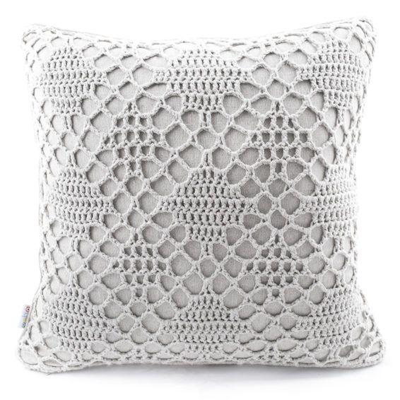 Подушка серый лен, ручной вязки, ромбы, 45х45 Эти универсальные подушки ручной работы от Osha подойдут к любому современному интерьеру и будут прекрасным подарком для Вас и Ваших близких. Размер: 45х45 см. #cushion #pillow #hand-knitted #hand-made #openwork #decor #ukraine #madeinukraine #cotton #linen