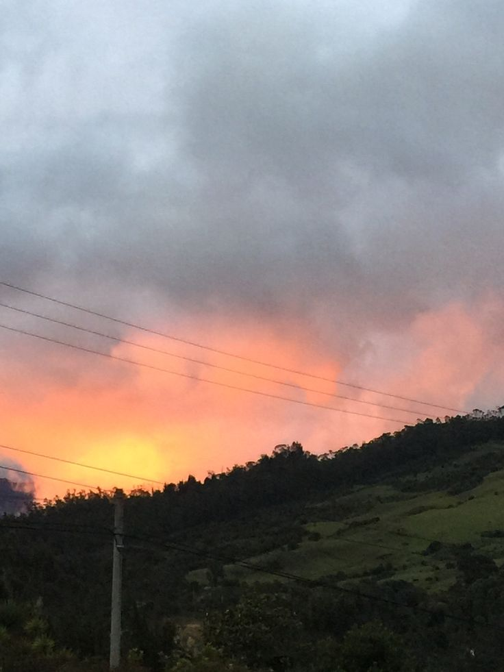 Red sunset, Colombian mountains.