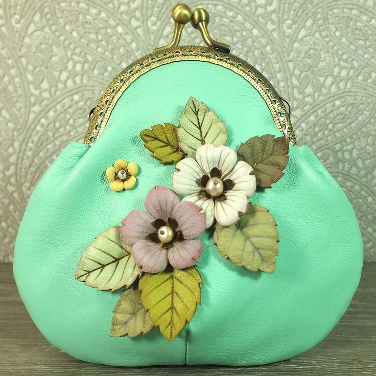 Купить Яблочно - Мятный Луг. Кошелёк из натуральной кожи - мятный, цветочный, цветы, листья