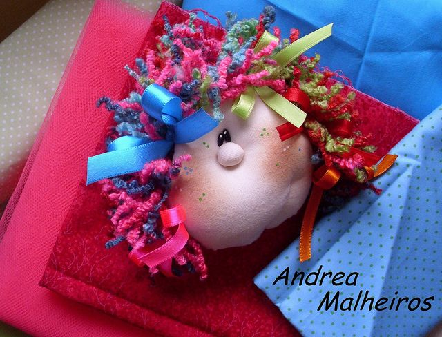 Carinha da Boneca Marcela em Detalhe... by Atelier Eu & Voce by Andrea Malheiros, via Flickr: Dolls, Photo Sharing, Ems
