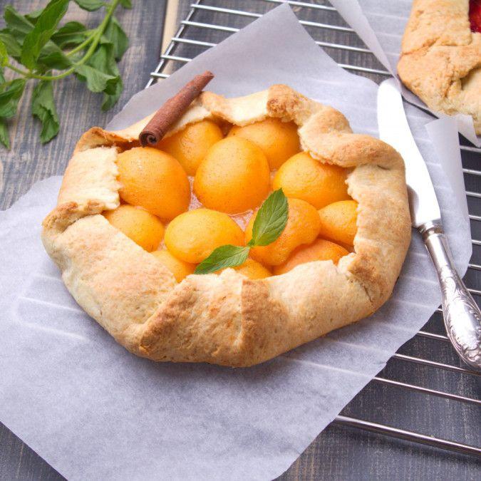 Рецепт медовой галеты с абрикосами и корицей