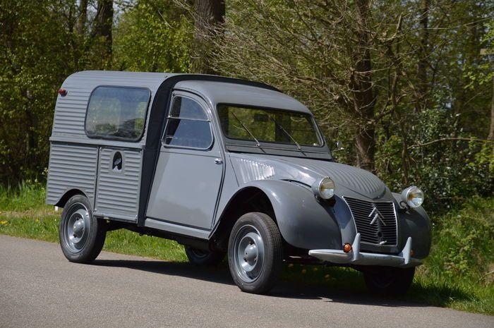Citroën 2CV AZU - 1957