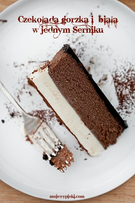 Sernik czekoladowy z musem z białej czekolady