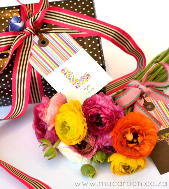 Make a statement with Macaroon's Personalised gift tags - paired with bright coloured ribbons, your gifts will certainly stand out http://www.macaroon.co/macaroon/content/en/macaroon/personalised-gift-tags?oid=4127&sn=Detail&pid=3887&Spring-Monogram-Personalised-Tags