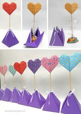 origami - souvenirs para nacimiento: cajas de origami con corazones plegados en papel