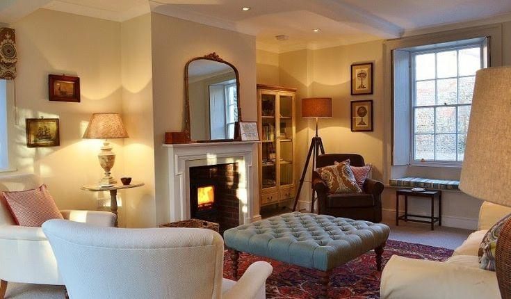 Buon pomeriggio… Westgate House è un elegante cottage georgiano in pietra nella campagna del Norfolk …          ...