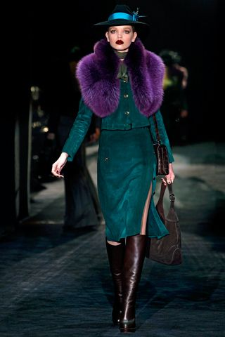 Gorgeous deep peacock and saturated purple color combo. Gucci. Fashion Week 2011.