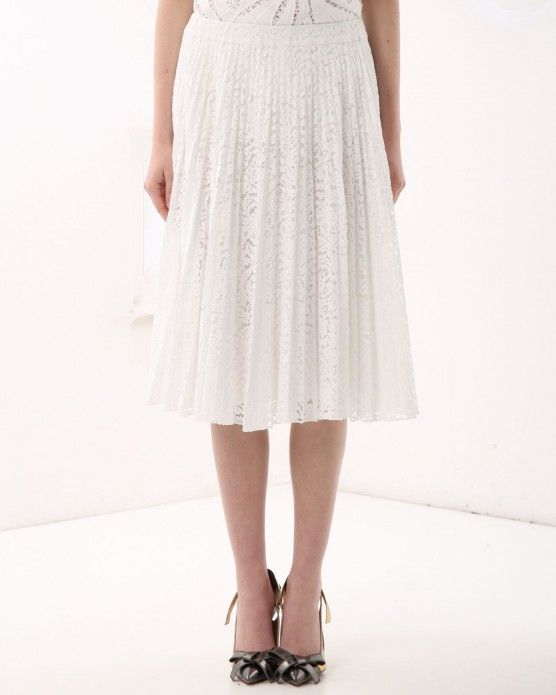 Pleated floral lace skirt N°21 #Iceebrg #lace #skirt #white #fashion #style #stylish #love #socialenvy #me #cute #photooftheday #beauty #beautiful #instagood #instafashion #pretty #girl