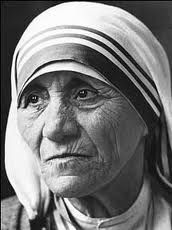 """We shall never know all the good that a simple smile can do"" (Mother Teresa - Calcutta)"