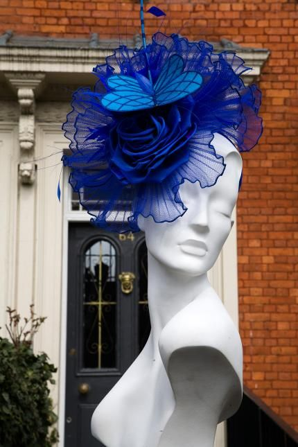 17 best images about derby hats on pinterest royal ascot daily news and derby hats. Black Bedroom Furniture Sets. Home Design Ideas