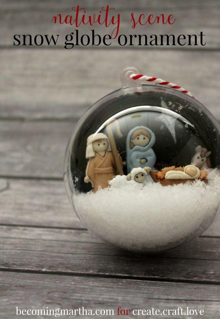 Los botones del nacimiento metidos en una bola, qué chulo!