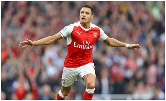 Alexis Sanchez reveals his opinion on his new striker role at Arsenal