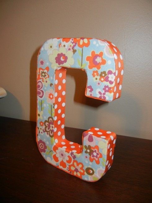 I want to make some variation of this.. already bought the letters, now to buy the fabric!
