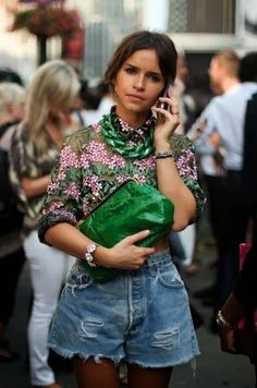 Miroslava Duma: Η Προσωποποίηση Του Fashion Icon  http://championsland.blogspot.com/2014/02/miroslava-duma-fashion-icon.html