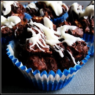 S'more Bites: Munchy Smores, Smores Bites, Yummy Desserts, Sweet, Yummy Food, Crunchy, Candy Recipes, Favorite Recipes, S Mores