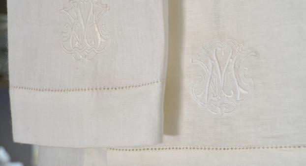 GUEST TOWELS - MASQUERADE FRANSCHHOEK