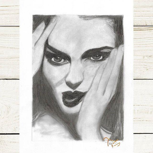 #art #drawing #drawings #drawingart #graphitedrawing #graphite #pencilart #instaartist #rajz #művészet #woman #face